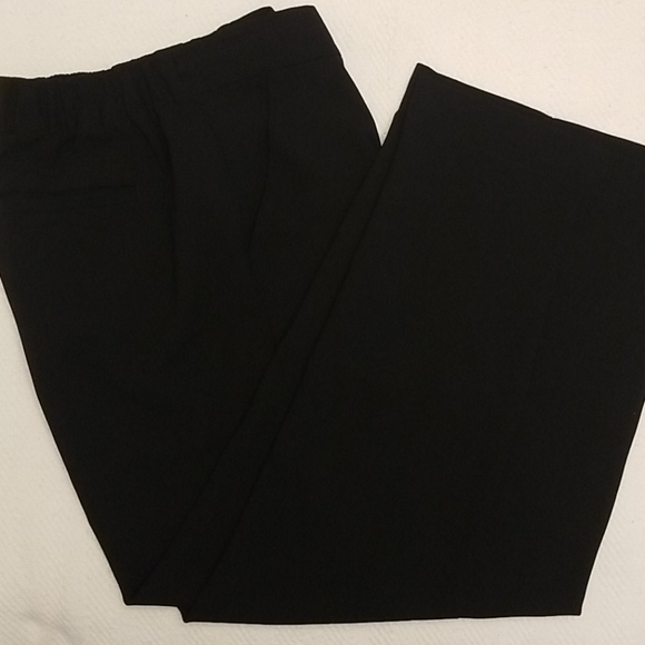 NWOT Loft womens slacks size M